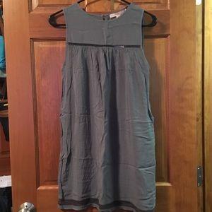 Forever 21 Grey sleeveless dress